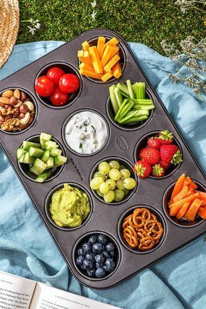 PONTOON GIRL® PARTY FAVORITES: Muffin Tray