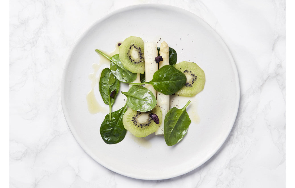 Dream Recipes: Food to make you sleep - Starter (vegan option) White Asparagus, Kiwi Fruit, Spinach & Black Olives