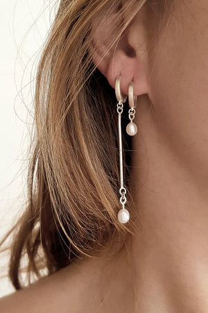 Asymmetrical pearl earrings // Sterling silver
