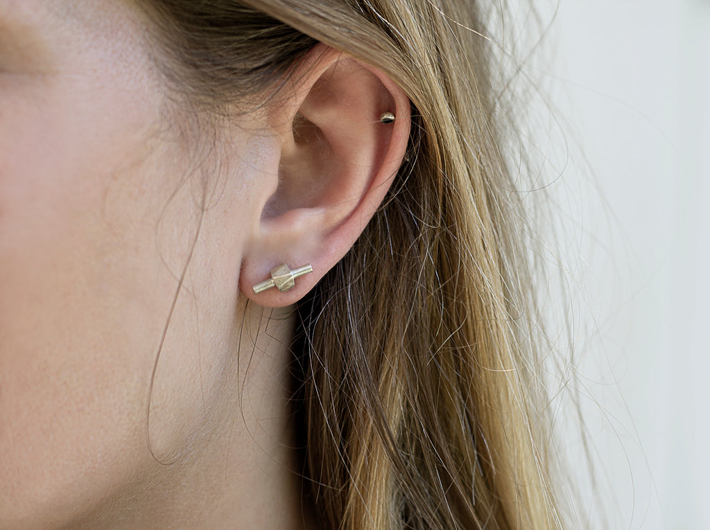 Mini Sculptural studs // Sterling silver