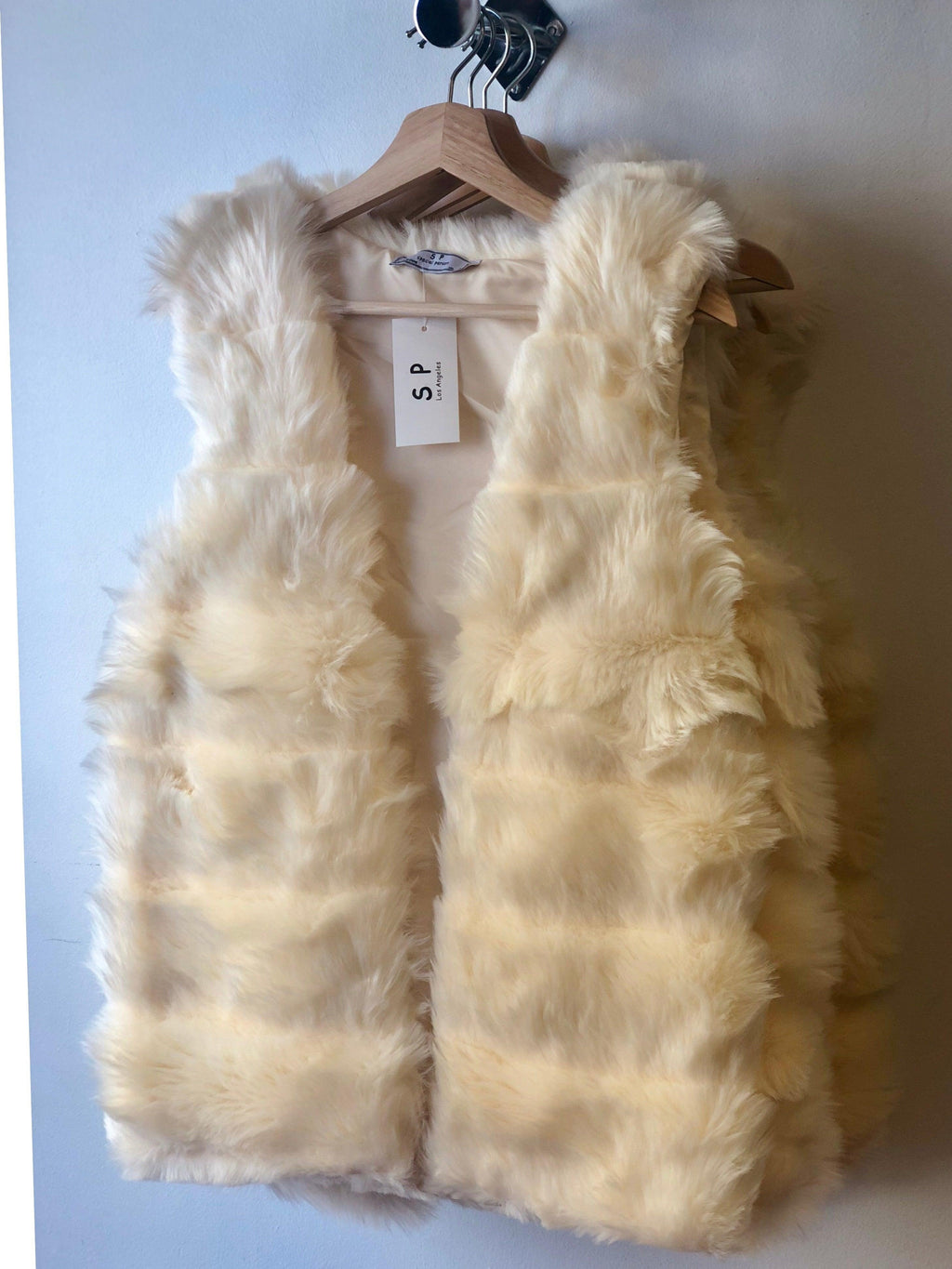 Ivory Faux Fur Vest - My Royal Closet