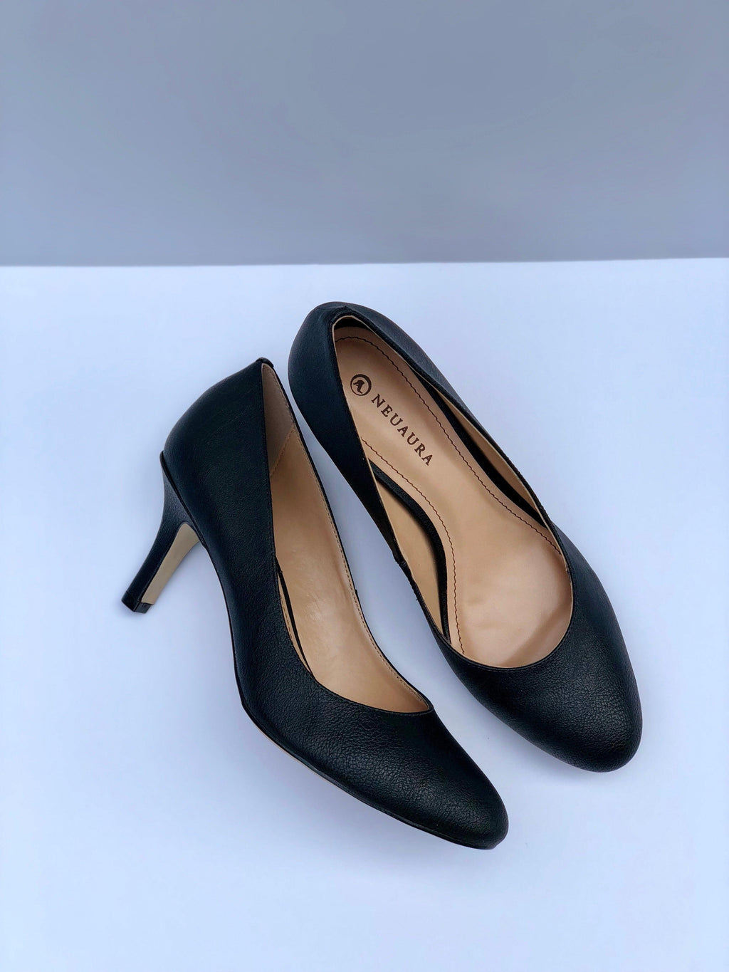 Black Neuaura Pumps - My Royal Closet
