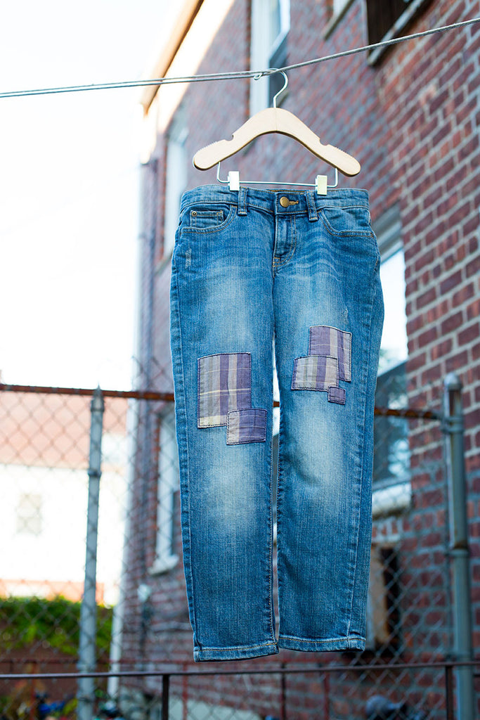 Skinny Boyfriend Jeans With Patches
