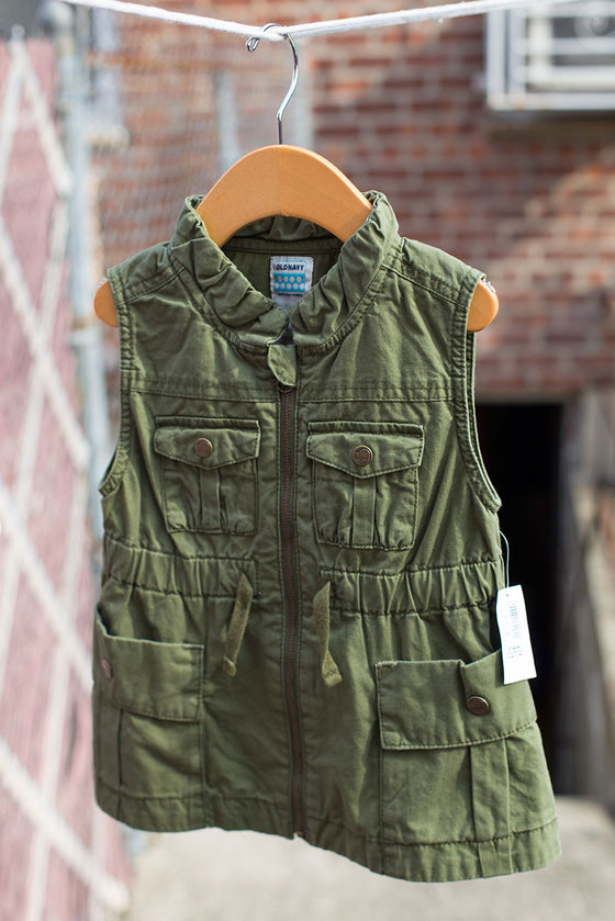 """BRAND NEW"" Military Utility Vest"