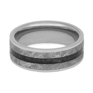 CRUSHED ONYX RING IN TUNGSTEN WITH METEORITE-2738 - Cairo Men's Wedding Rings