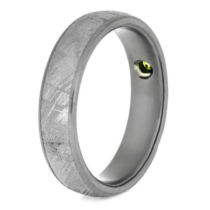 GIBEON METEORITE TITANIUM WEDDING RING WITH PERIDOT-2591 - Cairo Men's Wedding Rings