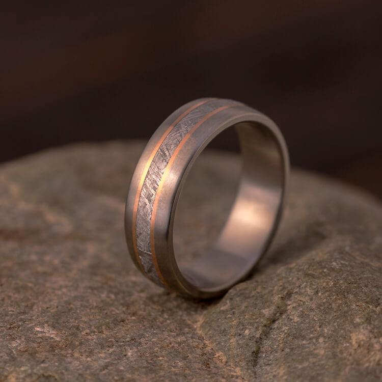 METEORITE RING WITH ROSE GOLD PINSTRIPES-3853 - Cairo Men's Wedding Rings