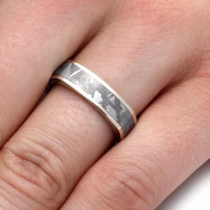 WHITE GOLD WEDDING BAND WITH METEORITE-2186 - Cairo Men's Wedding Rings