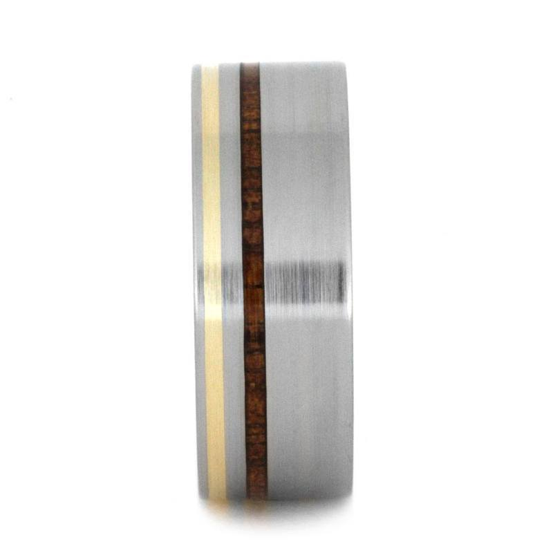 TITANIUM RING WITH YELLOW GOLD AND KAURI WOOD-3199 - Cairo Men's Wedding Rings