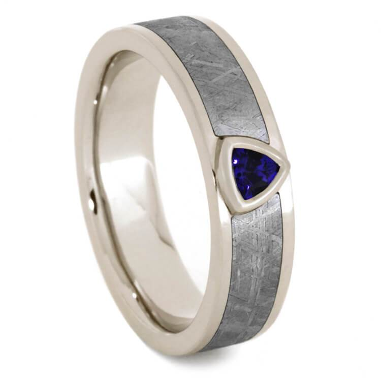 WHITE GOLD RING WITH BLUE SAPPHIRE AND METEORITE-2064 - Cairo Men's Wedding Rings