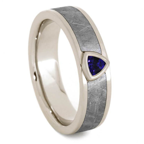 WHITE GOLD RING WITH BLUE SAPPHIRE AND METEORITE-2064