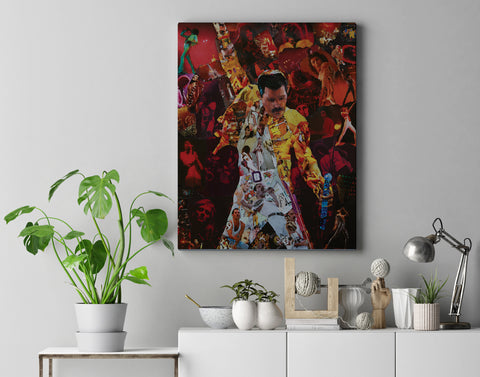 Freddie Mercury of Queen Canvas Print - multymedia