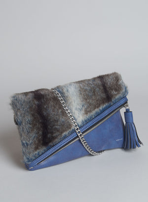 CATT CLUTCH FUR in Wild Blueberry