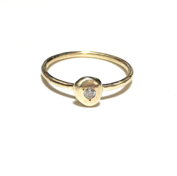 pebble ring with diamond