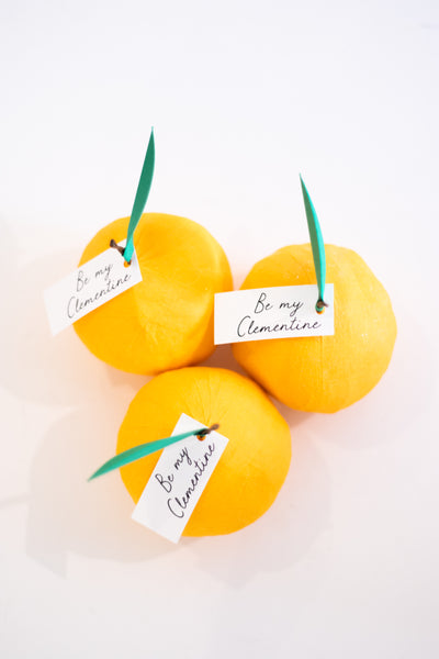 Be My Clementine Mini Surprise Ball