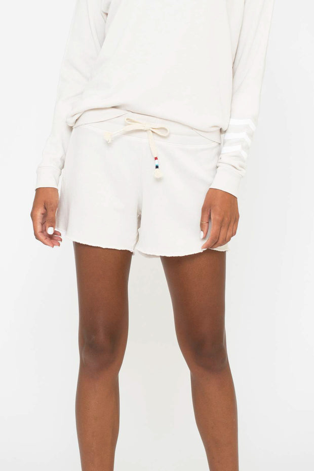 Essential Coastal Short Ivory