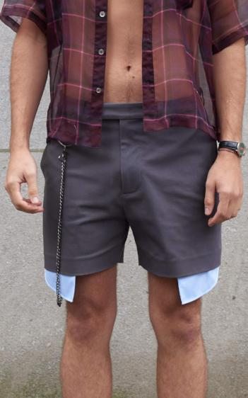 Exposed Pocket Short