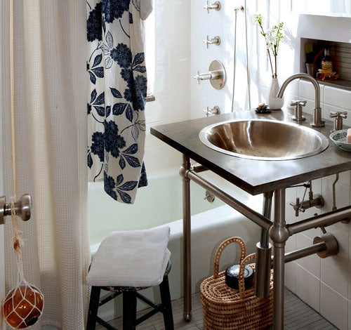 Sink space saver Bathroom Storage In-Style with Willow Baskets