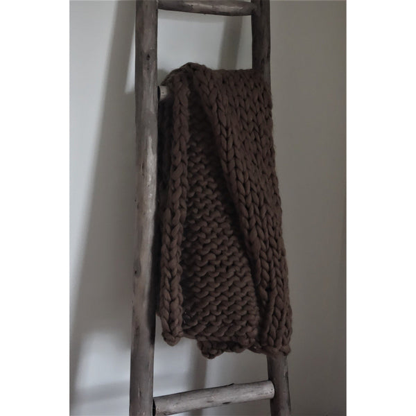 Chunky Hand-Knit Throw, Brown