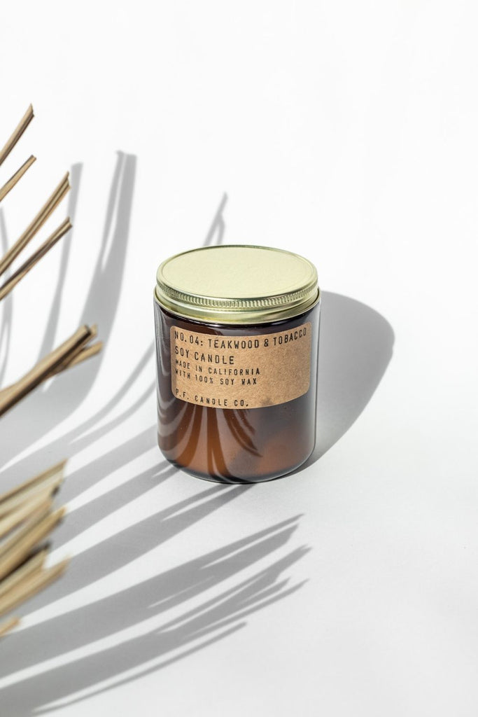 P.F Candle Co. Teakwood & Tobacco - LUXE B PAMPAS GRASS