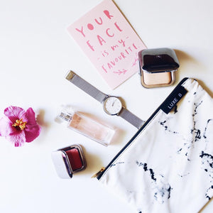 marble cosmetic bag available on luxe blogger and amazon
