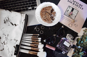 Marble makeup brushes and case