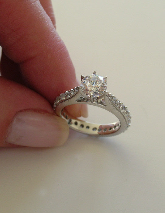 14K TRADITIONAL ENGAGEMENT RING WITH DIAMOND TRIM SHANK