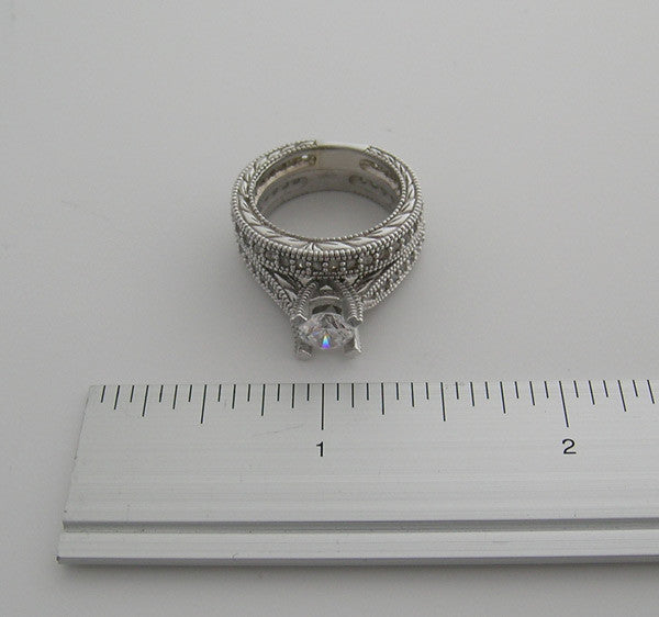 ANTIQUE STYLE ENGAGEMENT RING MATCHING WEDDING BAND SET