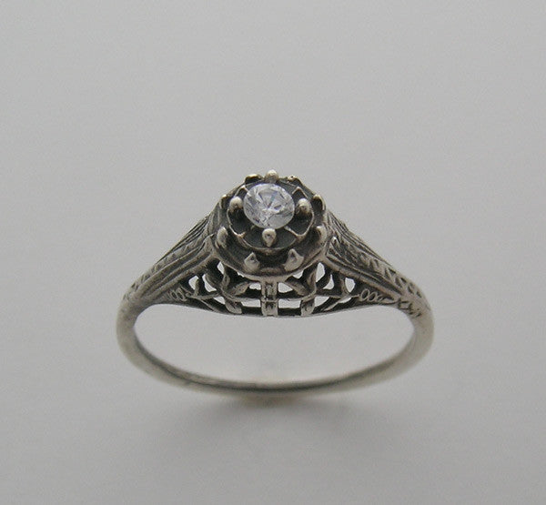 ART DECO ANTIQUE STYLE FILIGREE RING SETTING SHOWN WITH A 2.50 MM DIAMOND