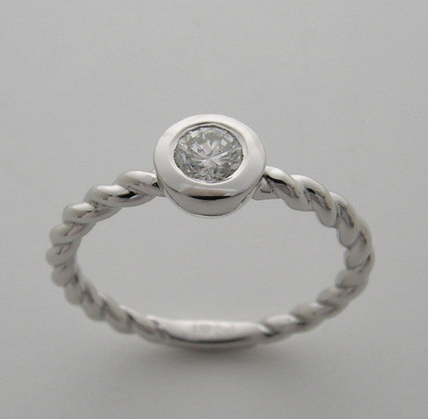 14k white gold petite twisted diamond ring