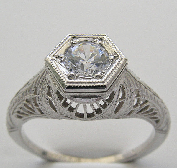 Art Deco Filigree Ring Setting for a round Gemstone