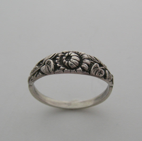 14k Antique Floral Style band or Stack Ring