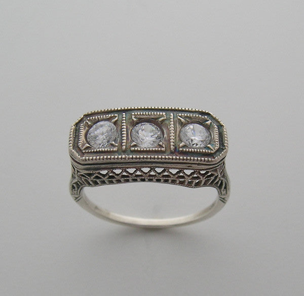 THREE STONE FILIGREE ART DECO STYLE RING SETTING