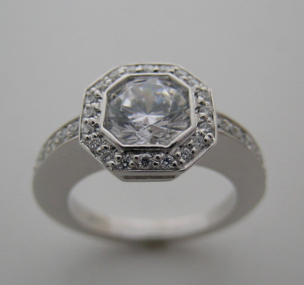 ANTIQUE STYLE OCTOGNAL HALO DESIGN DIAMOND RING SETTING FOR A ROUND 6.50 MM
