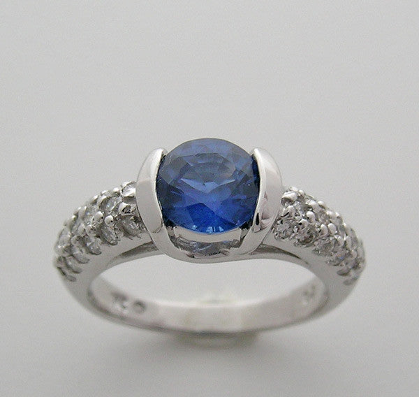 18K gold sapphire 1.19Ct and diamond ring 0.65Ct