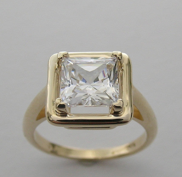 PRINCESS CUT ENGAGEMENT RING SETTING FOR A 7.00 X 7.00 MM