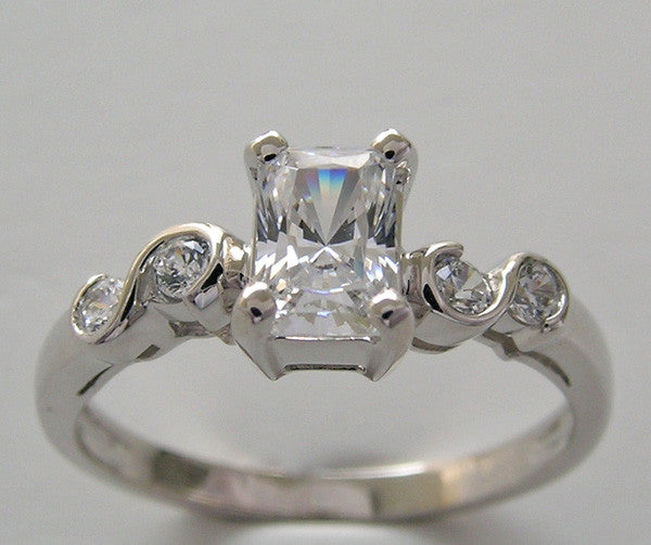 Diamond ring setting for emerald shape 6.00 x 4.00 mm