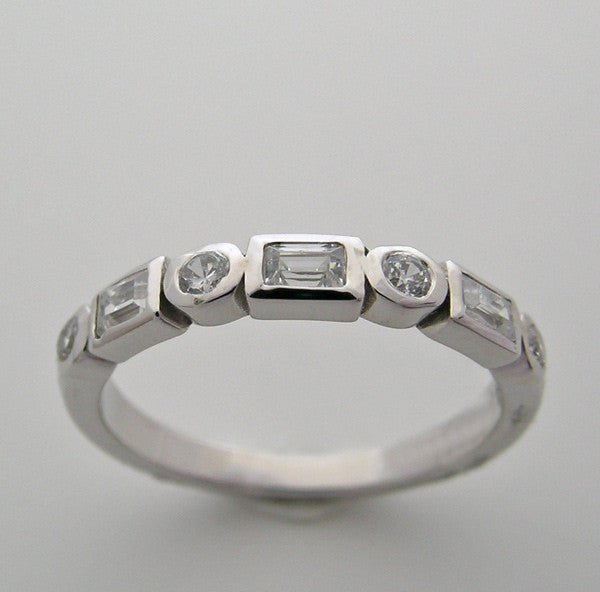 Diamond Wedding Band with Baguettes and round diamonds