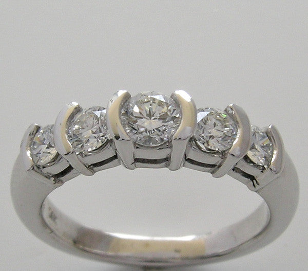 BAR SET FIVE STONE DIAMOND WEDDING RING BAND