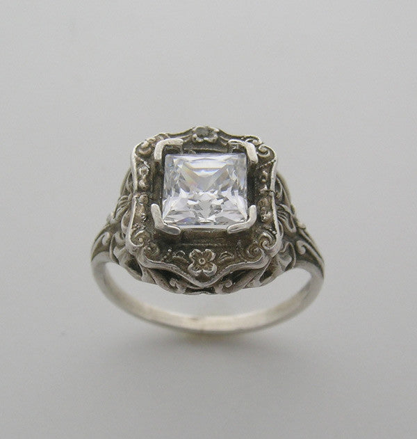 Vintage Style Floral Motif Ring Setting