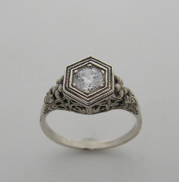 VINTAGE ART DECO ANTIQUE STYLE FILIGREE RING SETTING FOR A 5.50 MM ROUND DIAMOND