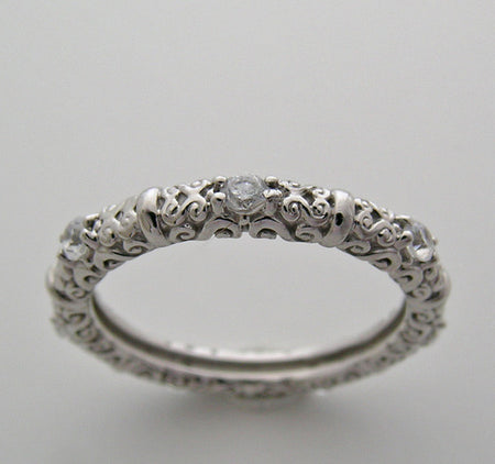 FEMININE DIFFERENT DIAMOND RING WEDDING BAND