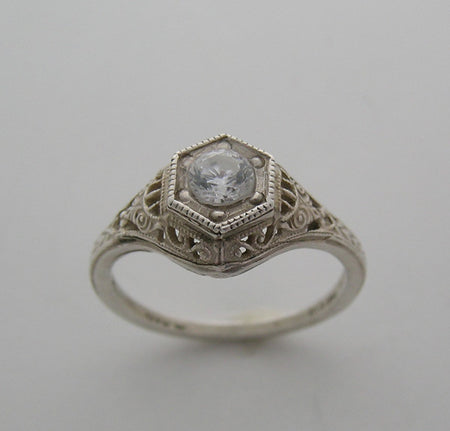 Art Deco Style Ring Setting Filigree for a 4.5 mm Center Diamond