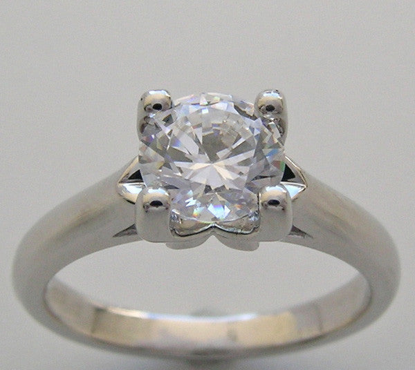 FOUR PRONG ENGAGEMENT RING SETTING FOR 6.5 MM DIAMOND