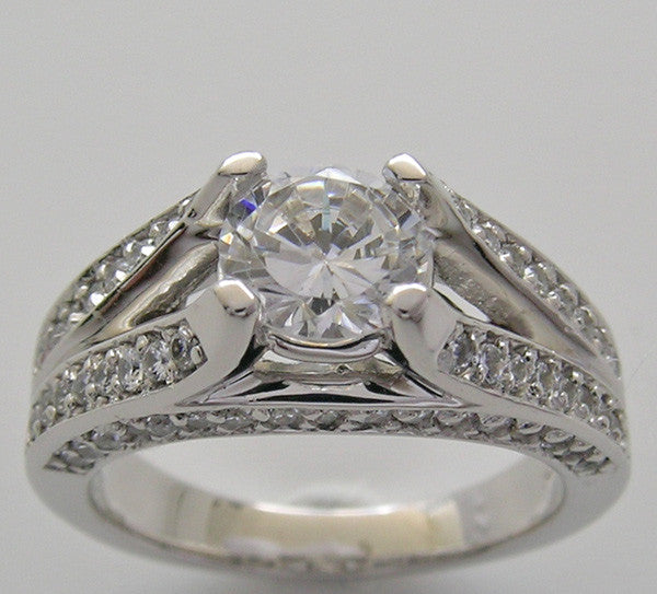 Engagement Diamond Ring Setting or re-mount for Center Round Diamond