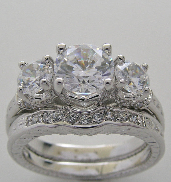 THREE STONE DIAMOND ENGAGEMENT RING SET FOR A 1.00 CT ROUND DIAMOND