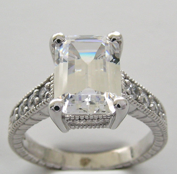 EMERALD SHAPE DIAMOND ENGAGEMENT OR REMOUNT RING SETTING