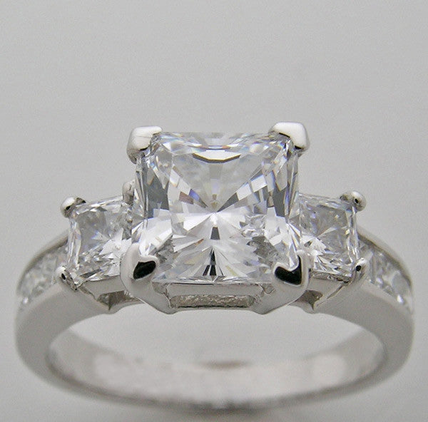 Diamond Ring Setting for a Princess  Cut Center 6.5 x 6.5 mm