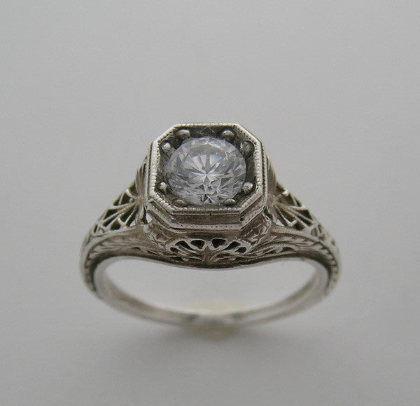 Art Deco Antique Style Ring setting for a 6.00 mm round diamond