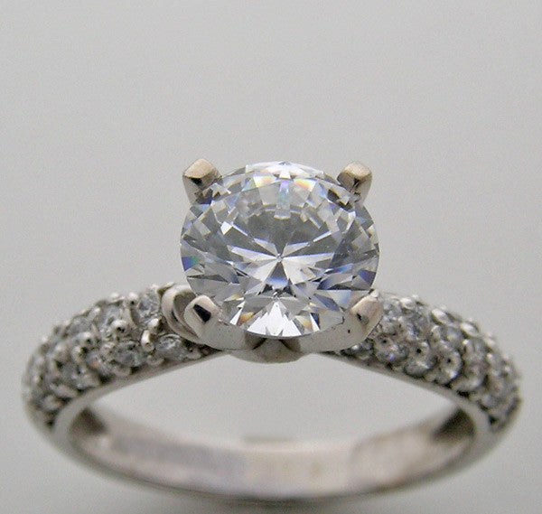 14K Diamond Pavé engagement ring setting